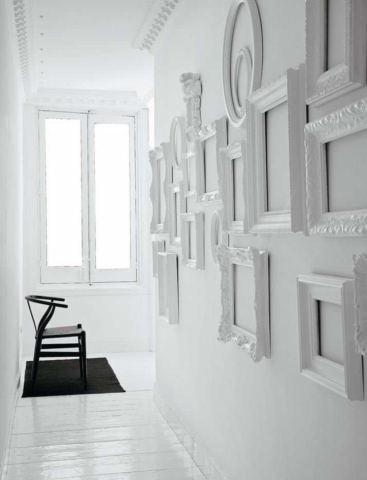 White: flat on walls, gloss for frames. Miami Residence, by Nacho ...