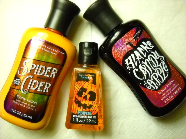 Halloween products from Bath & body works: https://www.youtube.com/watch?v=ARdILdhFPqY&index=12