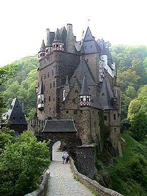 Burg Eltz Deutschland Burgen Beruhmte Schlosser Burgen Und Schlosser