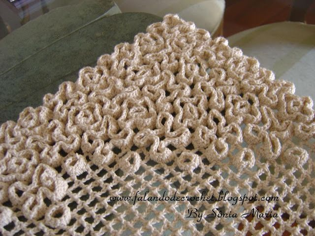 Crochet on Crochet - I want to make a purse using this technique with some sort of picture on the front