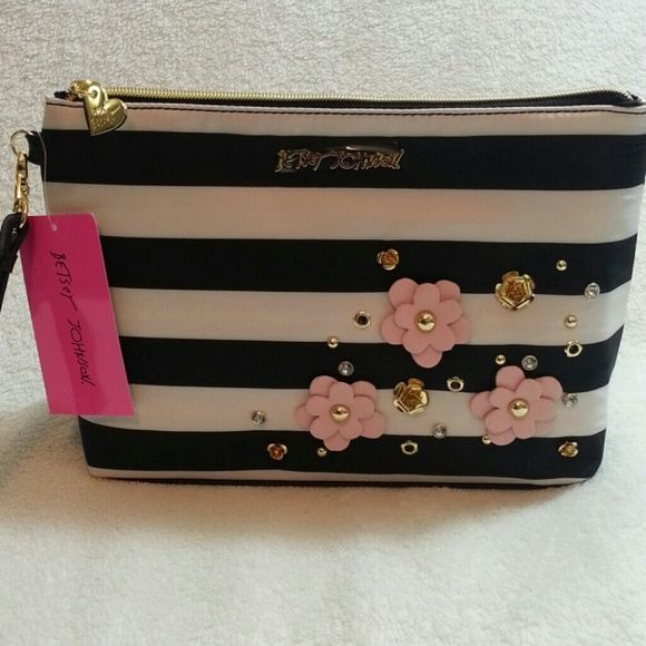 Nwt Betsey Johnson Cosmetic Bag Clutch White And Black Color With Flower Details 10 5 X 3 7 Bags Cases