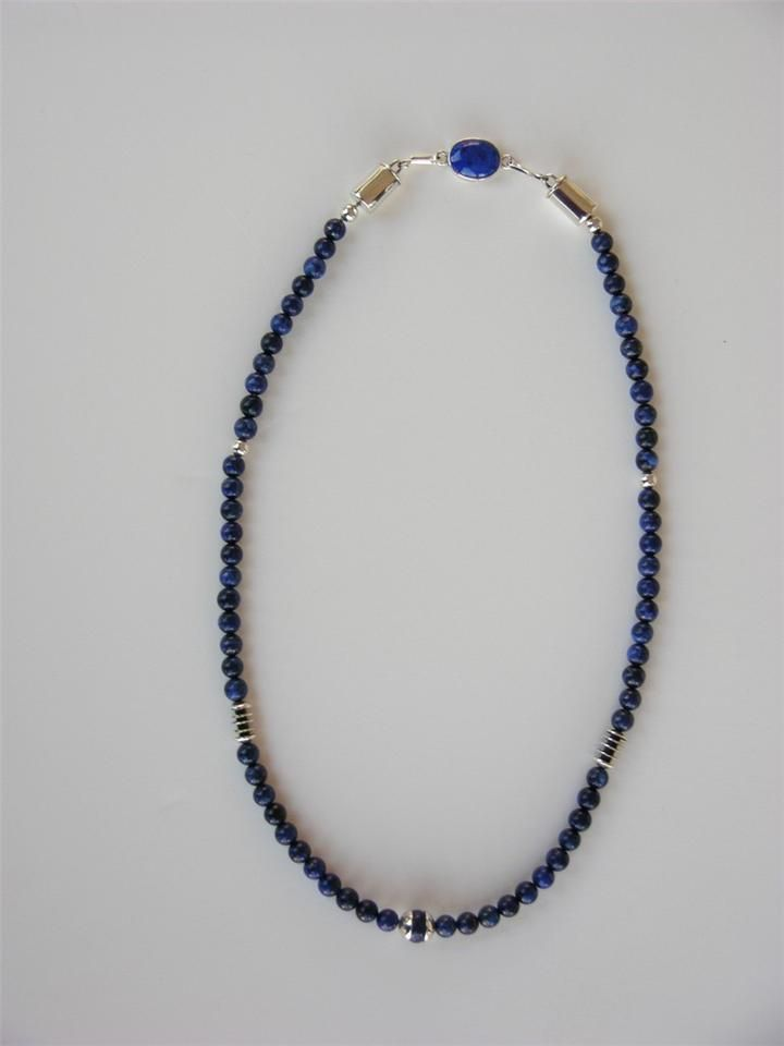 Simple, elegant, just what I want! Silver lapis necklace.
