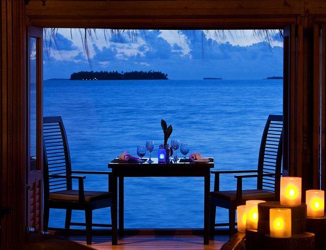 Una cena con vista tramonto