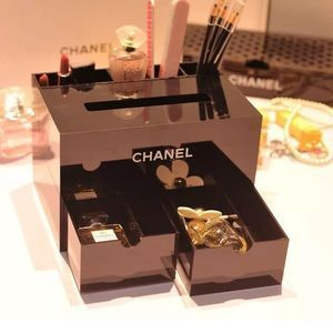 Pics On CHANEL Other Rare CHANEL VIP Large Make Up Vanity Organizer