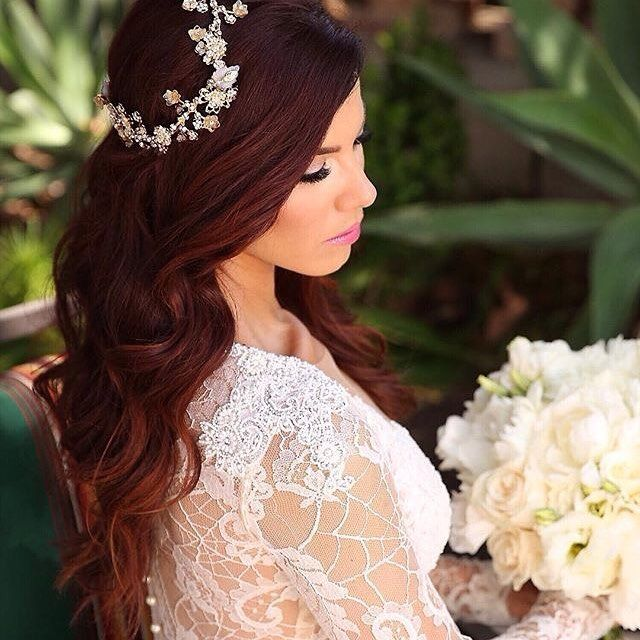 Let your hair down on your #weddingday and add some elegant hair accessories to complete your #bridalstyle. . . @makeupbyarpi @galialahav @uniquelyyoursevents @bloomboxdesigns :camera:: @dukeimages . . #hairstyle #bridalhair #hairaccessories #hair #longha