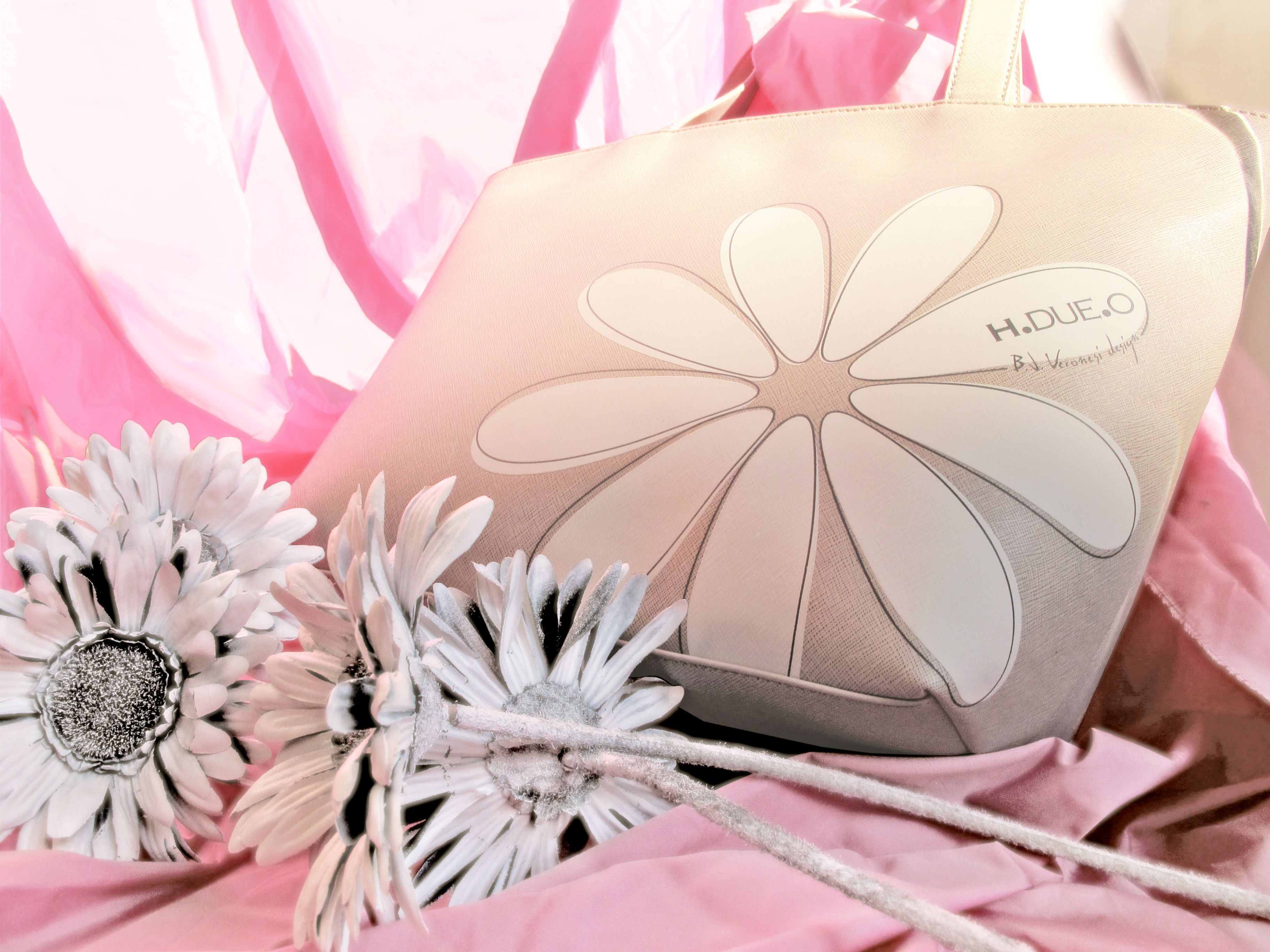 H.DUE.O shopping bag | TENDER FLOWERS COLLECTION | Pinterest ...