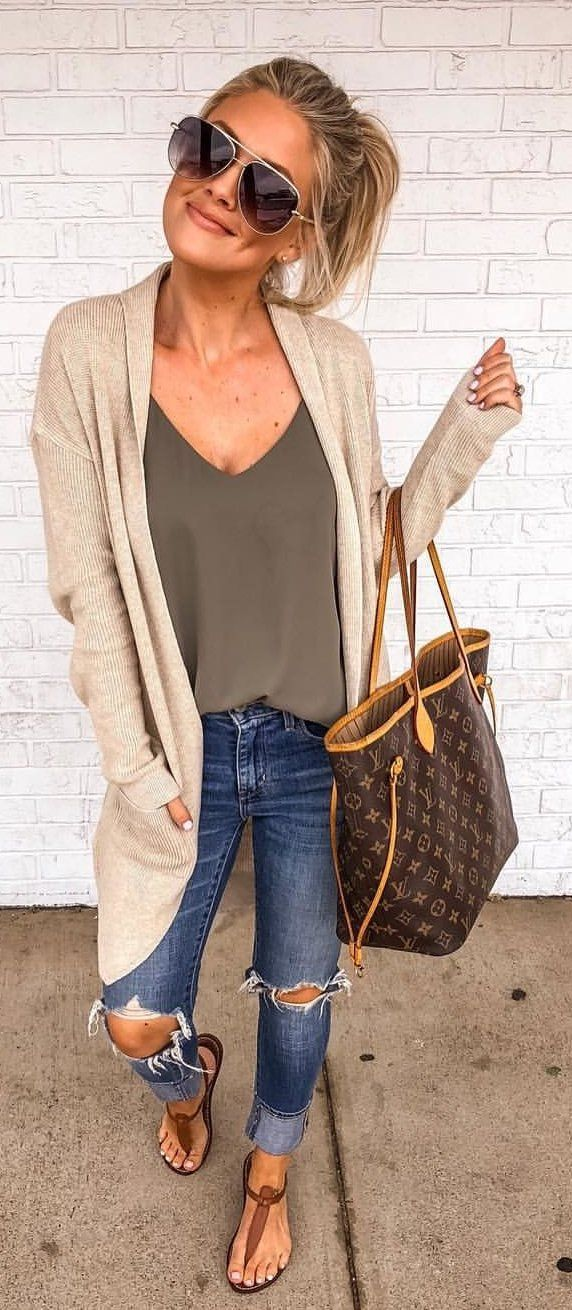 #summer #outfits These $31 Cardigans Are Back In Stock In So Many Colors And A Lot Of Sizes!! This Look Is My Absolute Fave As Of Late 🙌🏼 And This $19 Cami Is Fully Stocked Too! 💗💗