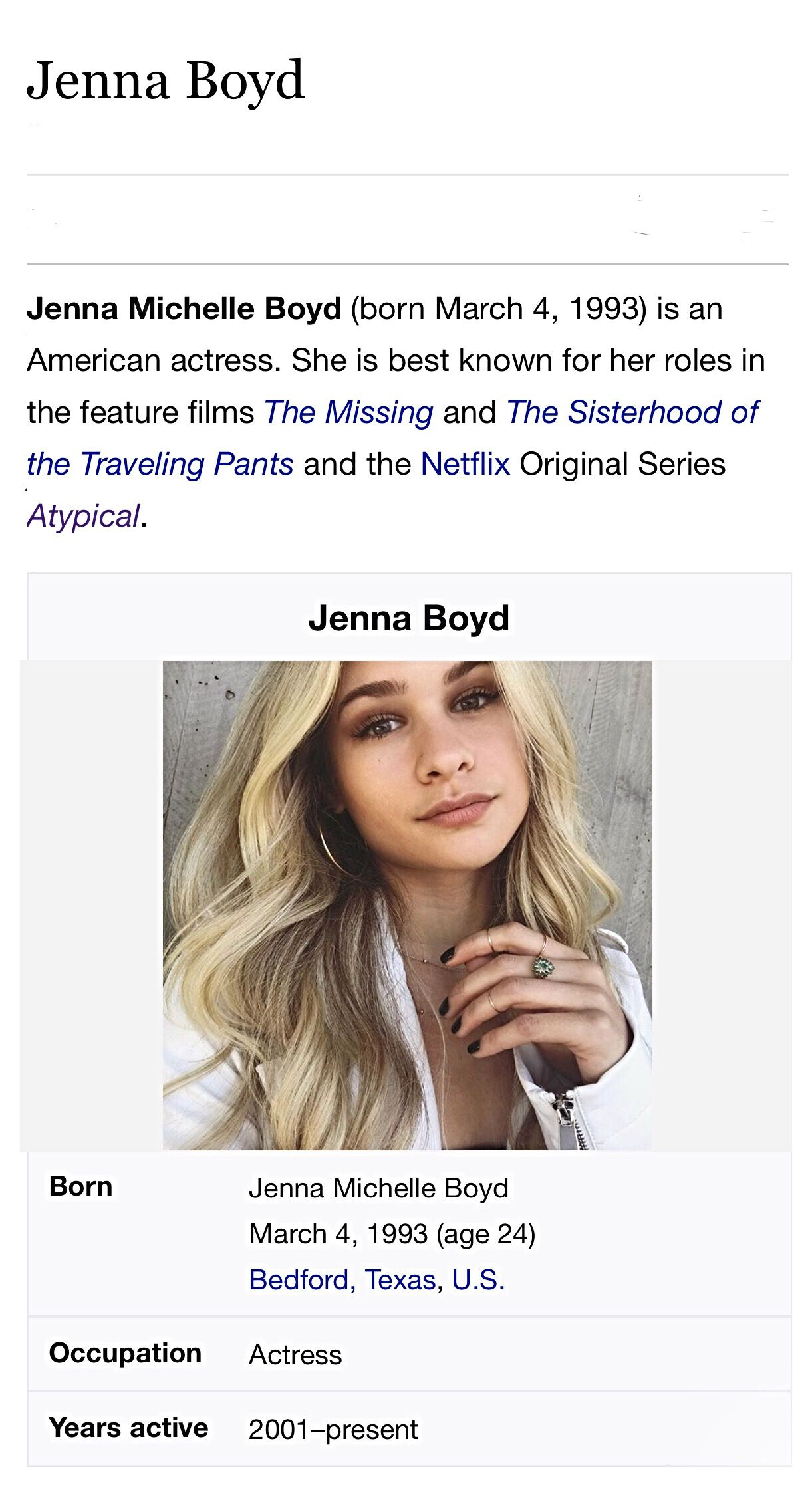 Jenna Boyd plays Paige Hardaway in Atypical 2017