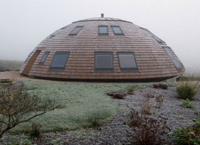 A Dome Shaped Eco House Living In 2019 Haus Dekoration Haus Und