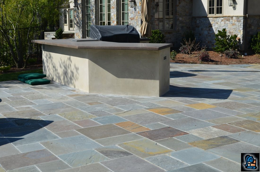 Build An Outdoor Table With Quikrete Countertop Mix Quikrete Countertop Mix Countertops Outdoor Tables