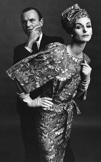 Bill Blass - Robe et Turban - Brocard