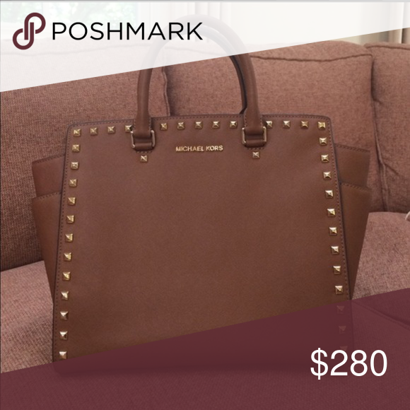 ac661f5496d8 Michael kors Selma xl Limited edition,rare,discontinued Michael kors gold  studded saffiano leather