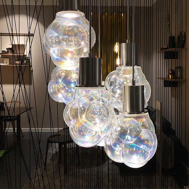 The elegant Bolia Glasblase Pendant Lamp s bubble design bines