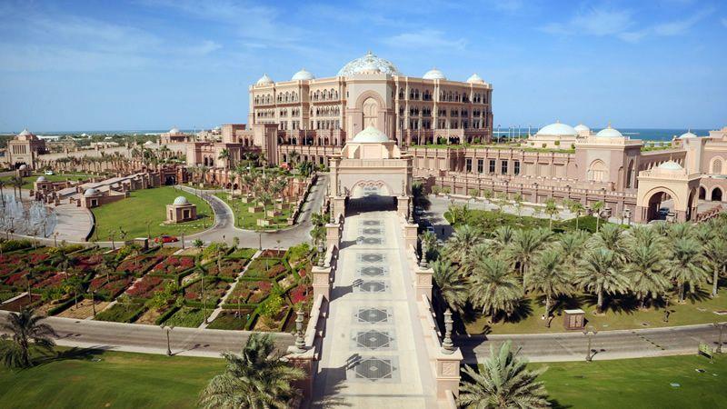 Emirates Palace Hotel, Abu Dhabi | travel dreams and real ...