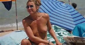Aniston beach jennifer naked