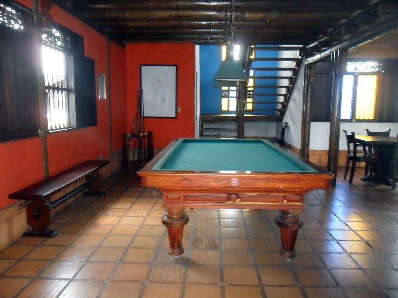 Luxury Bar Room Pool Table