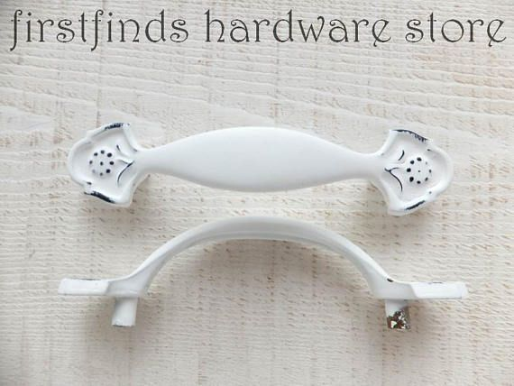 Elegant Cabinet Handles with Backplate