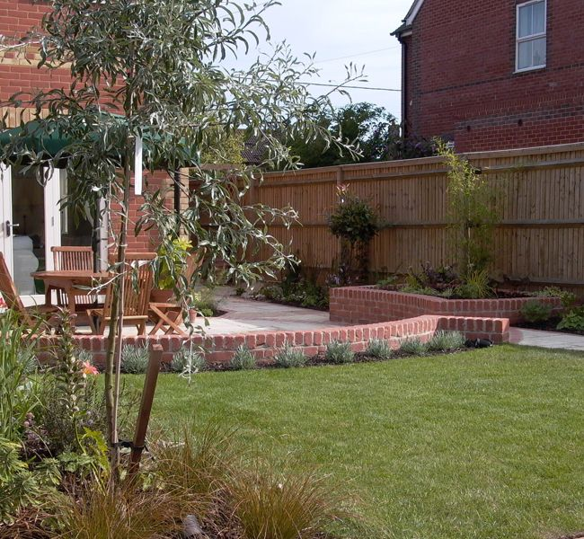 Wall to divide patio from lawn | In the Garden | Pinterest | Lawn ...