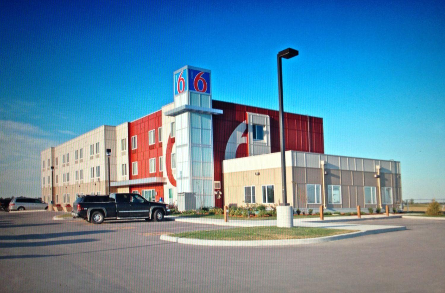 Motel 6 Winnipeg Manitoba House Styles Motel 6 Mansions