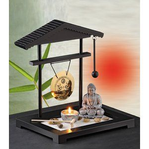 Pajoma Gong Giardino zen con gong, statua del Buddha e