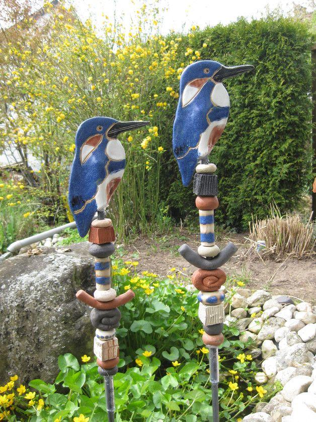 Wunderbare stele f r jeden gartenbesitzer unterschiedlich for Gartenskulpturen aus ton