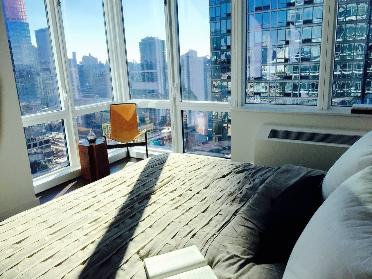 Best Views in Heart of Times Square - Apartments for Rent ...