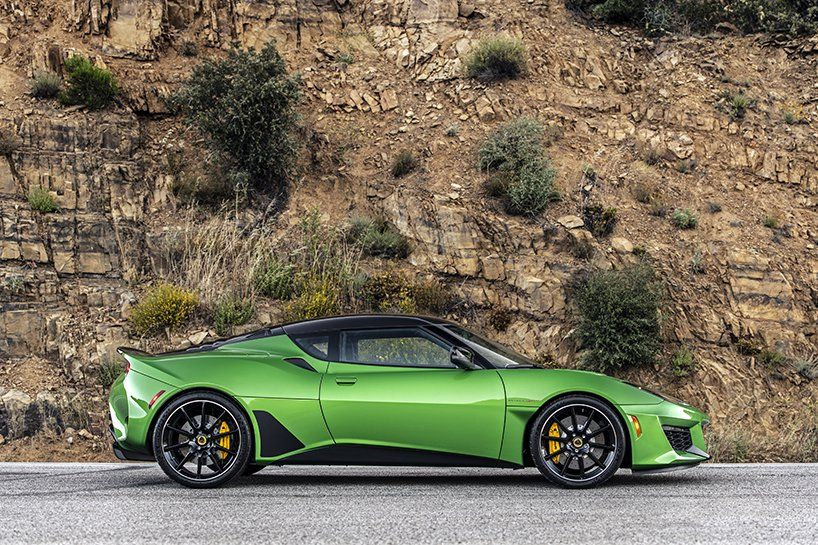 2020 lotus evora GT is an even lighter, faster and