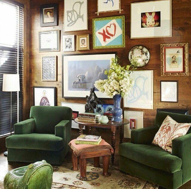 On instagram by chicsusyq #homedesign #contratahotel (o) http://ift.tt/24mjYX0 velvet an wood wall very nice  #inspiration #interiordesign #decor #decoration #livingroom #interiors #nicecolors #green #lighthouse #instagood #decoraçao #decoración #homedecor #house #rooms  #greenvelvet #woodwall #interieurdesign Vía Pinterest Ernesto Gallegos