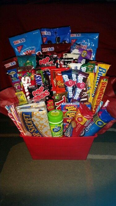 Gift basket for him #spookybasketideas Gift basket for him #boyfriendgiftbasket