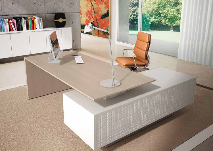 Highly Flexible Executive Office Desks I Can Be A Simple Panel Leg Design Or An L Shape D Italian Office Furniture Office Table Design Office Furniture Design