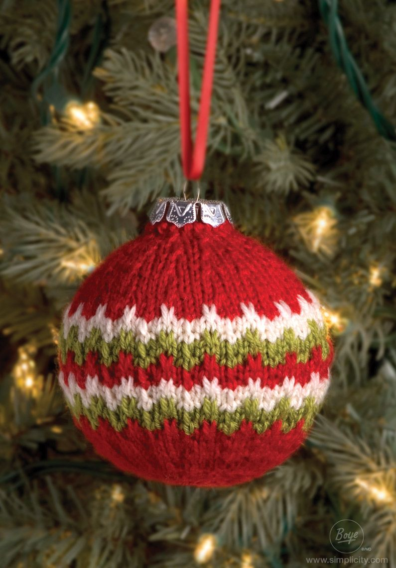 knit this easy. festive candy cane ball christmas ornament. deck