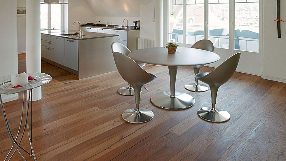 La tarima flotante es un pavimento que est de moda y se - Con que se limpia la tarima flotante ...