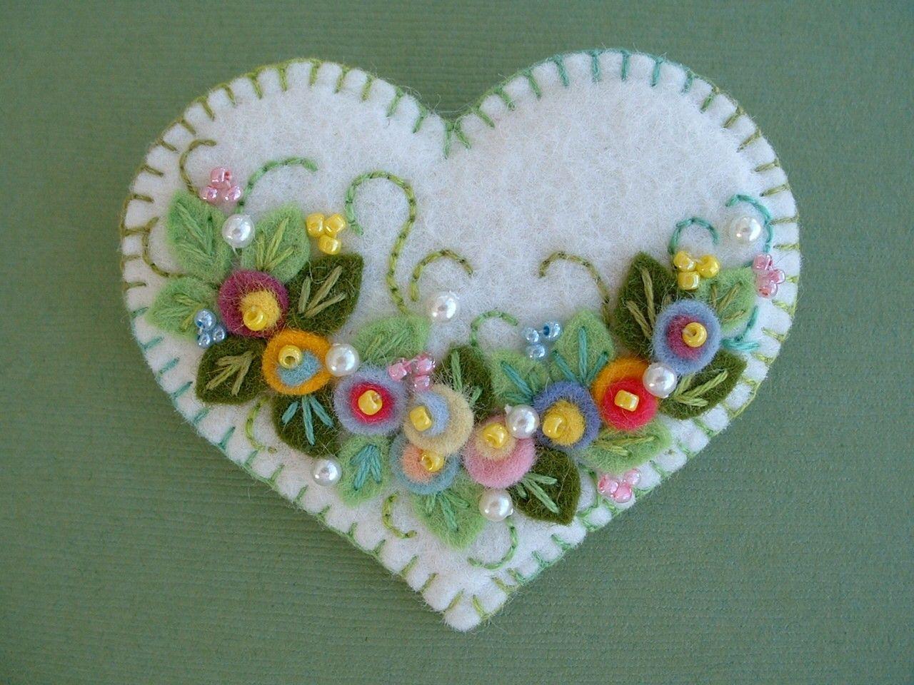 Felt flower applique heart pin felt crafts felt