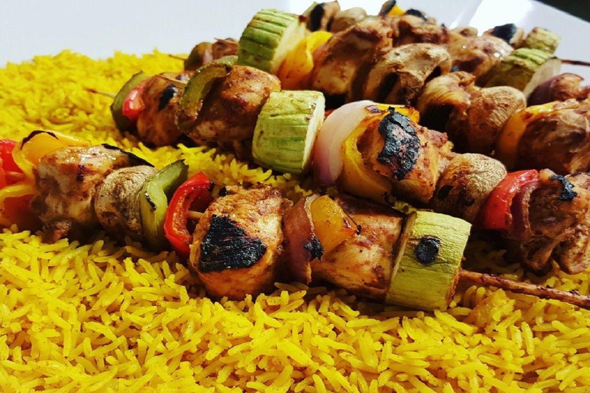 طريقة عمل الشيش طاووق مع الأرز Chicken Wings Food Chicken
