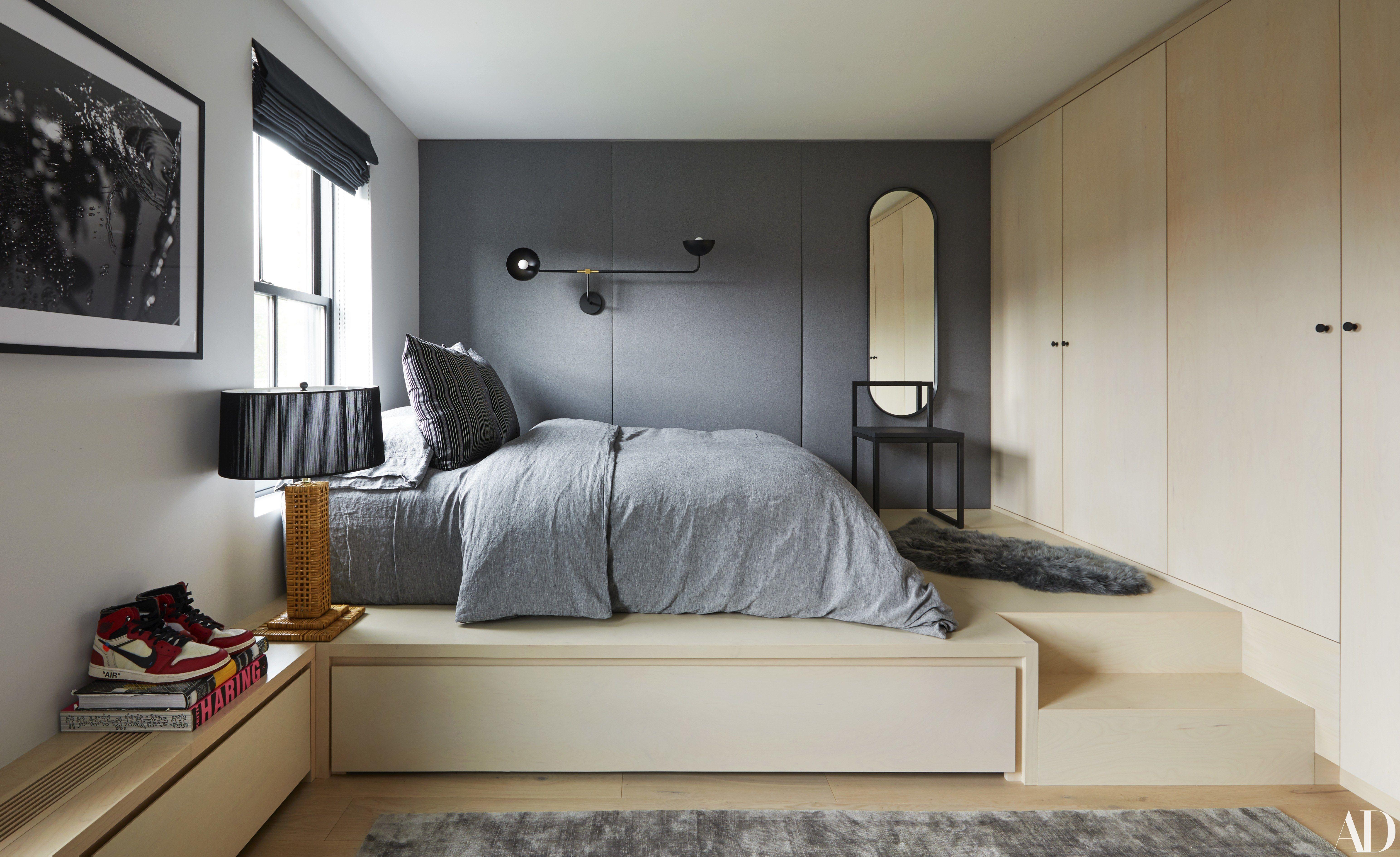 See Inside The Couple S Home Renovation Collaboration With Elizabeth Roberts Bedroom Design Black Bedroom Furniture Bedroom Decor