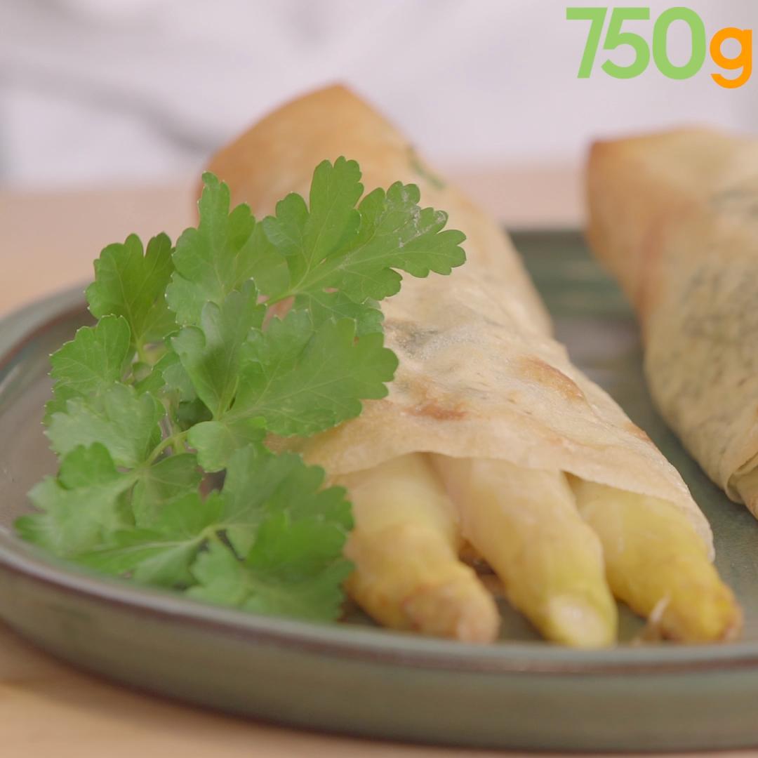 Asperges des Sables des Landes IGP en feuilles de brick et fromage aux herbes