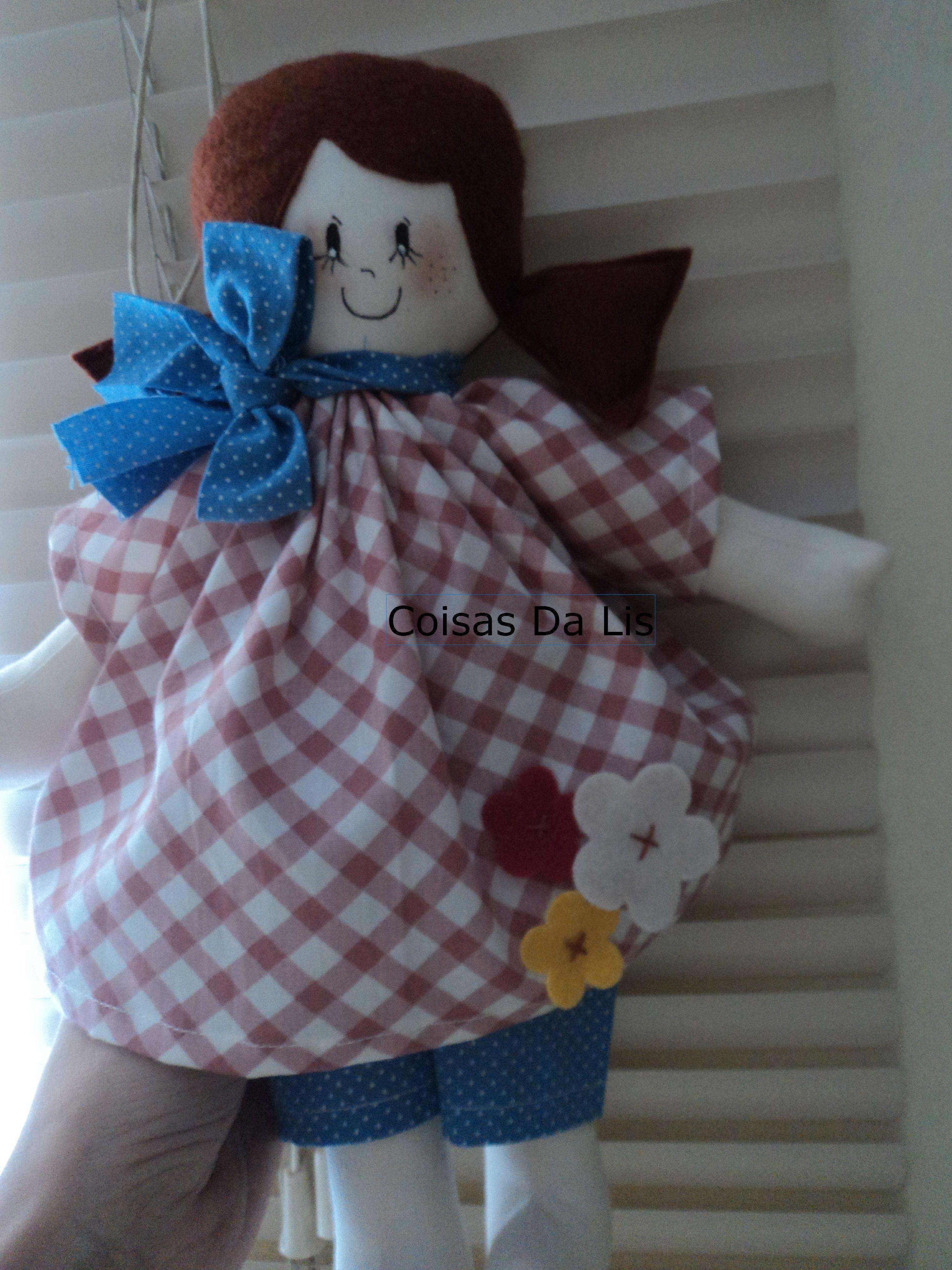 boneca confeccionada em tecido
