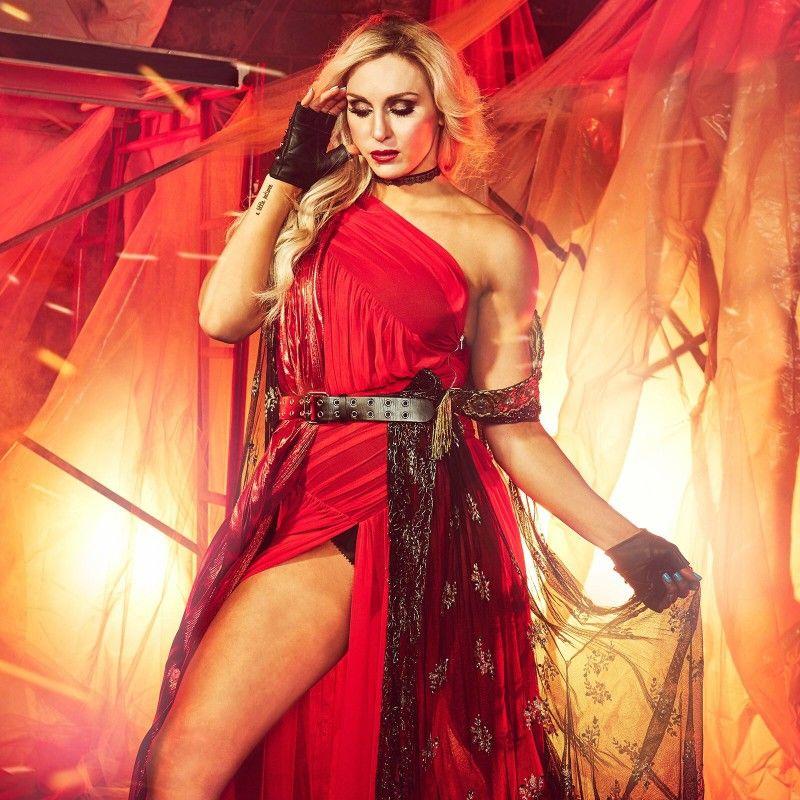 Charlotte PhotoShoot Tribute to Kane