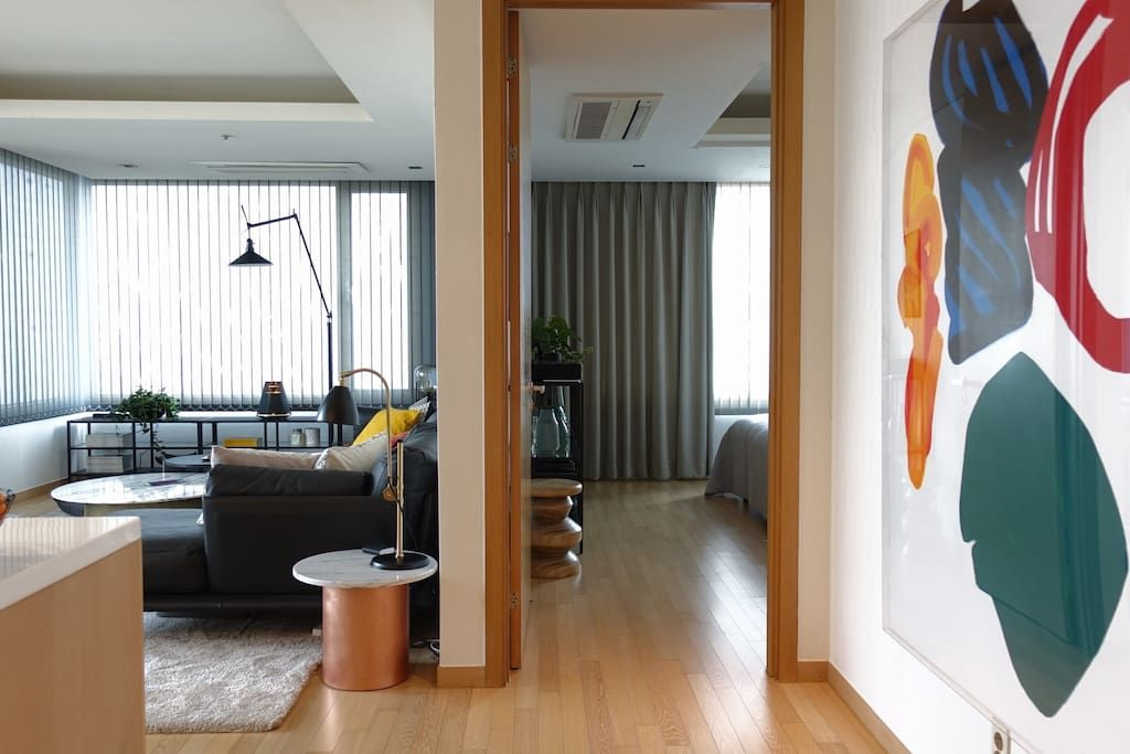 Bright Modern River View Coex Gangnam Apartments For Rent In Gangnam Gu Seoul South Korea Modern Apartment Cozy Small Bedrooms Home