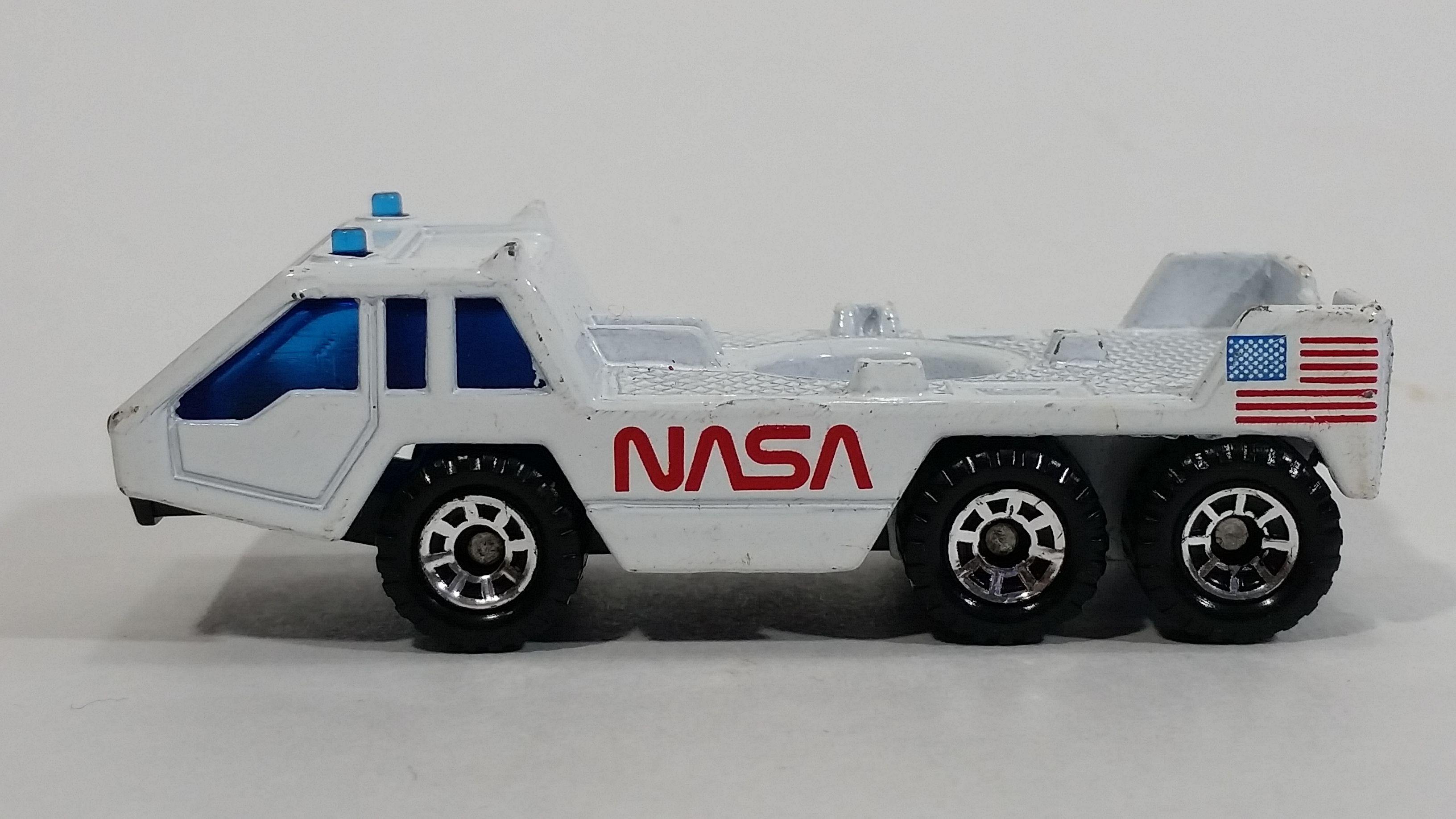 1985 Matchbox Nasa Rocket Shuttle Transporter Vehicle