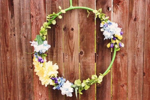 Photo of DIY floral wreath eHow.com