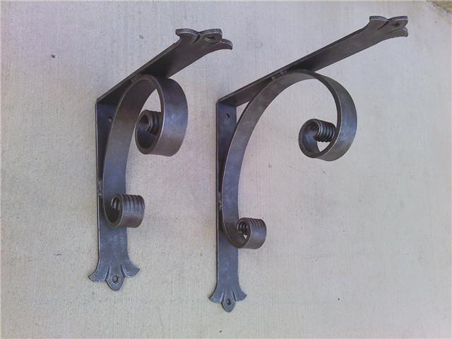 Decorative Wrought Iron Corner Brace Heavy Duty Angle Bracket