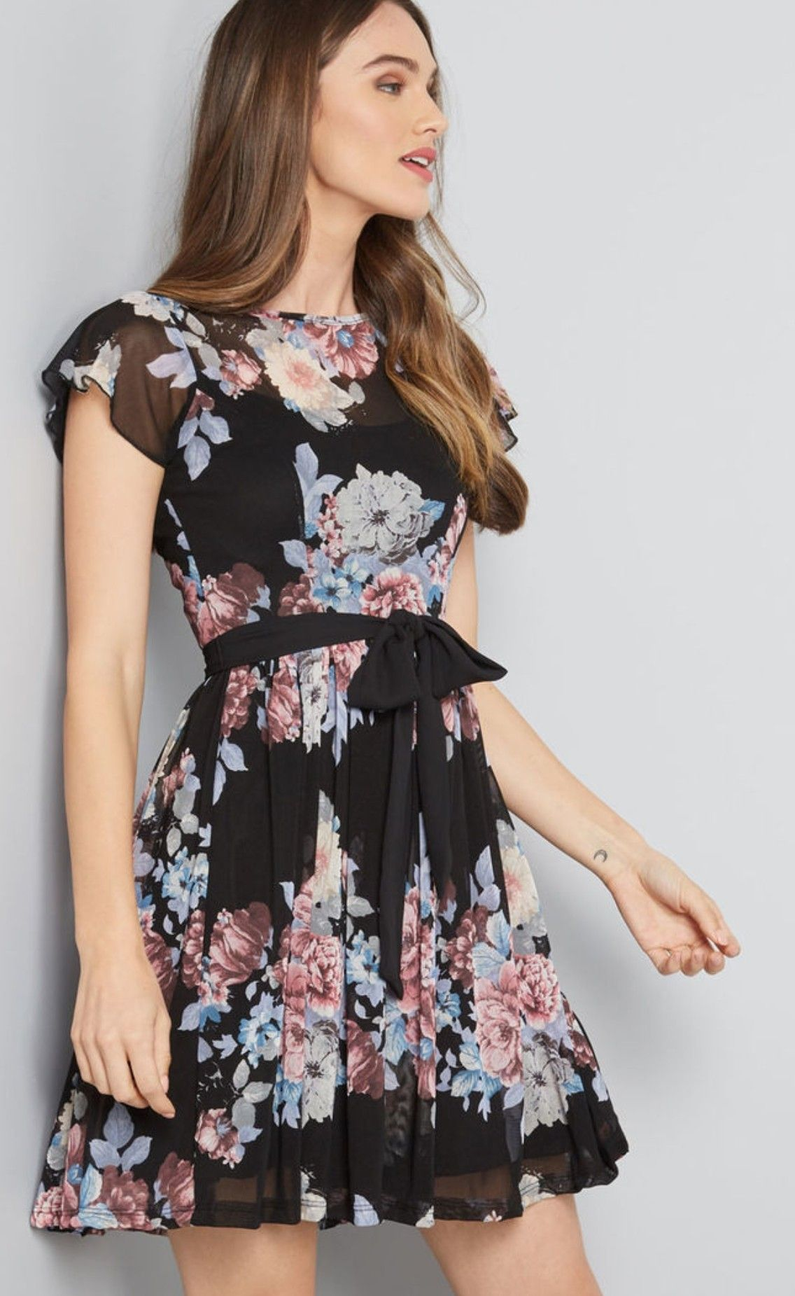 Fancy Seeing You Here Floral Dress Classy Dress Floral Dress Fashion Floral Dress Casual [ 1851 x 1136 Pixel ]