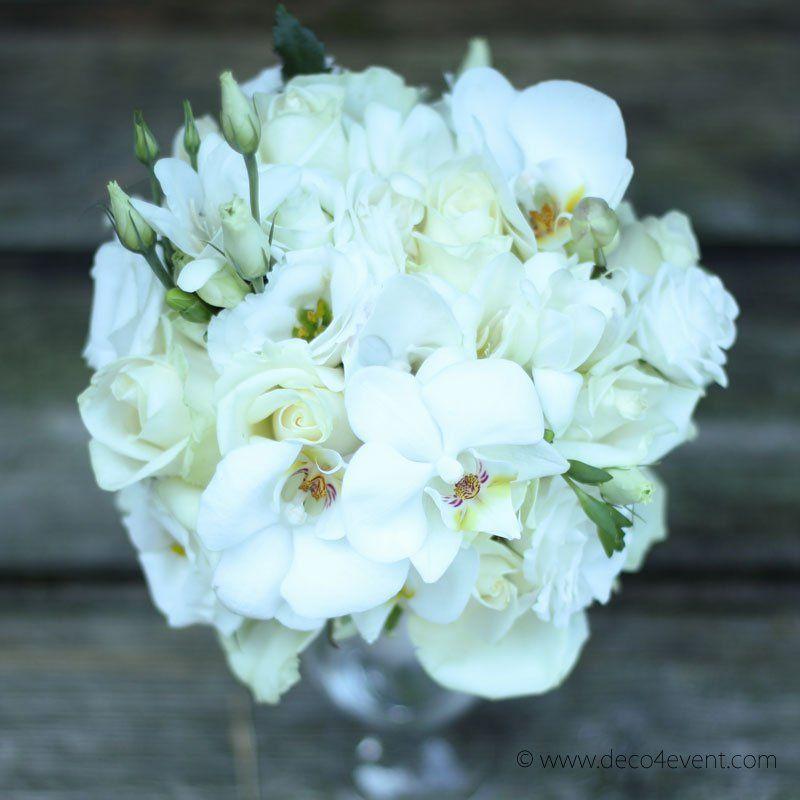 Brautstrauß BELLAMY rund aus Rosen Orchideen