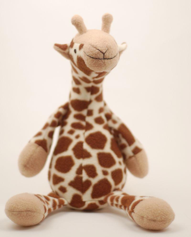 ADORABLE DIY giraffe stuffed animal!! Perfect for a baby shower gift ...