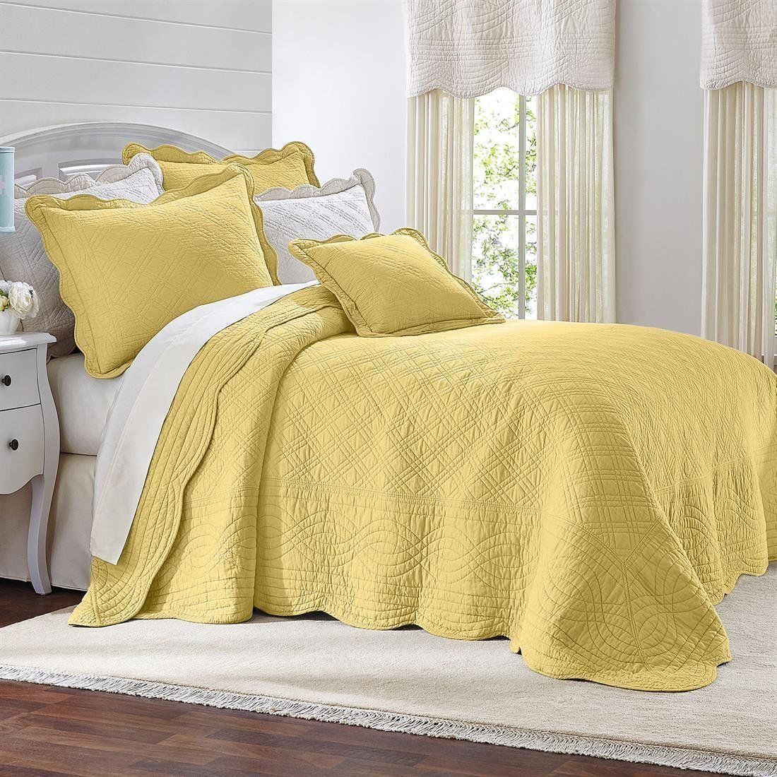 Cotton Oversized Quilted Bedspread With Scalloped Border In Twin Full Queen King Bed Spreads Home Bedroom Design