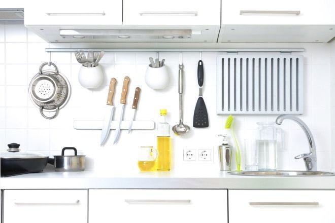 come-organizzare-cucina-parete-attrezzata-utensili-ordine ...