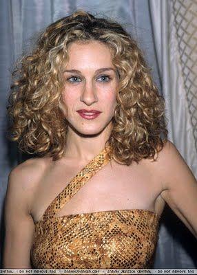 Sarah Jessica Parker Hair Google Search Curly Hair Styles Big Curly Hair Carrie Bradshaw Hair