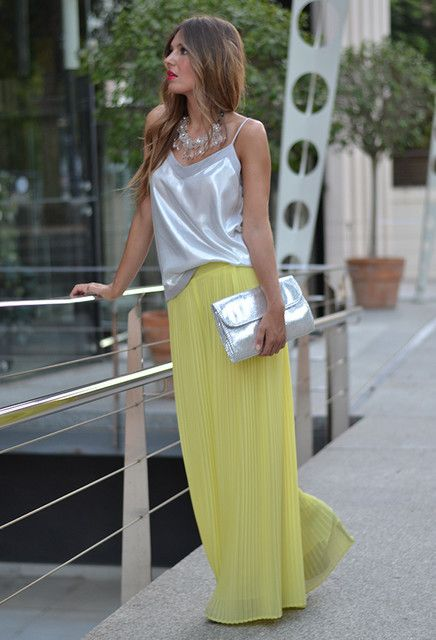 what to wear with yellow palazzo pants