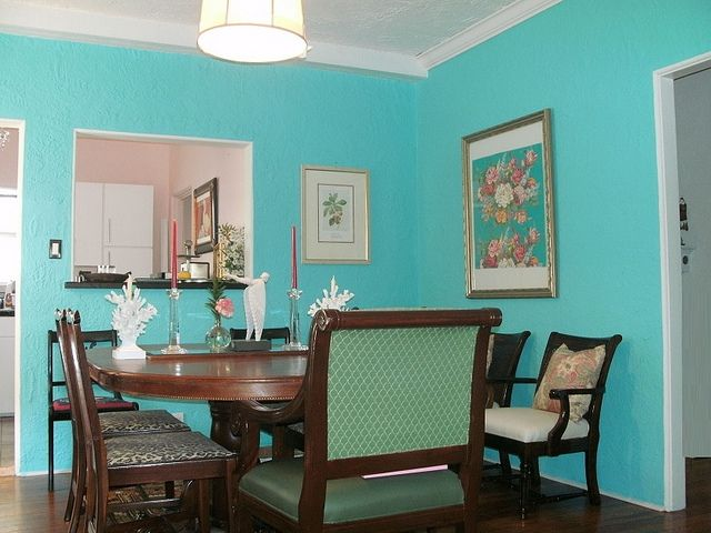 Tiffany blue dining room